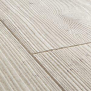 Реставрированный дуб светло-серый ламинат Quick-Step